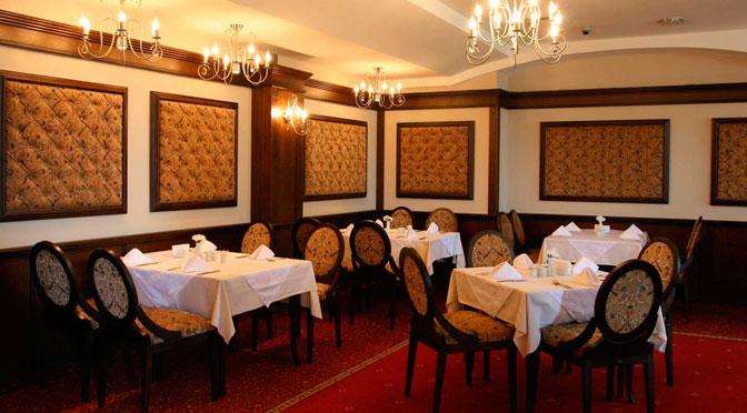 8 марта в Варне: свободных столиков в ресторанах нет