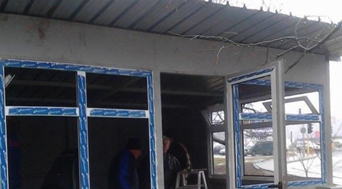 Домик для соседских party строят в Трошево