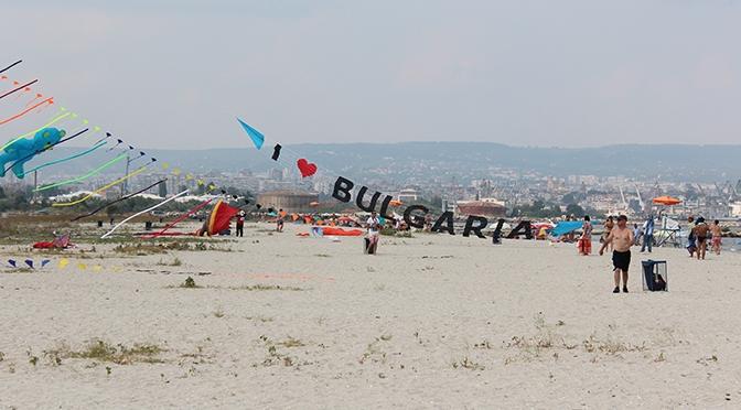 22 марта варненцы собираются на уборку Аспарухова пляжа