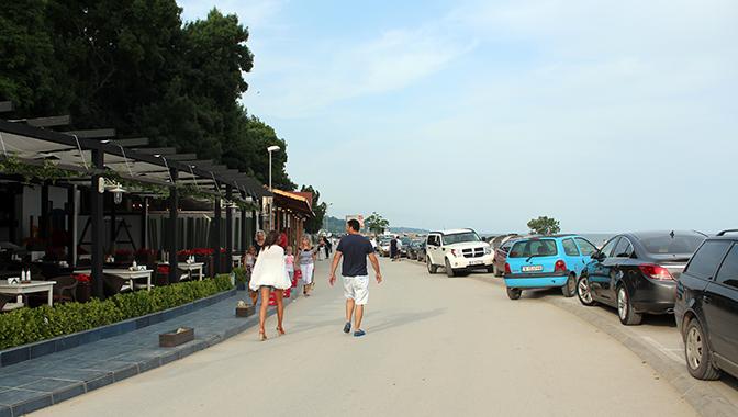 С введением в строй автопаркинга на 1200 мест дорога вдоль варненских пляжей станет пешеходной