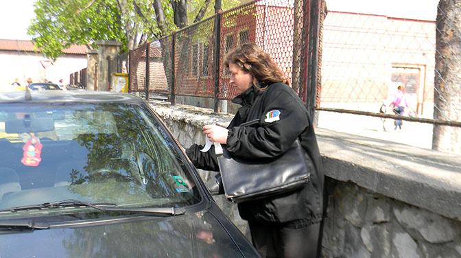 Полицаи Варны теперь могут выписать «фиш» за неправильную парковку