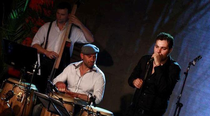 Латино-оркестр Tumbaito зажигает в ауле ИУ-Варна. 21.04