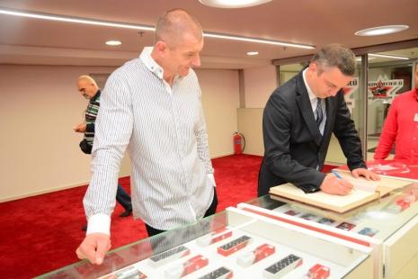 Атаннасов и Портних. фото с сайта http://live.varna.bg/
